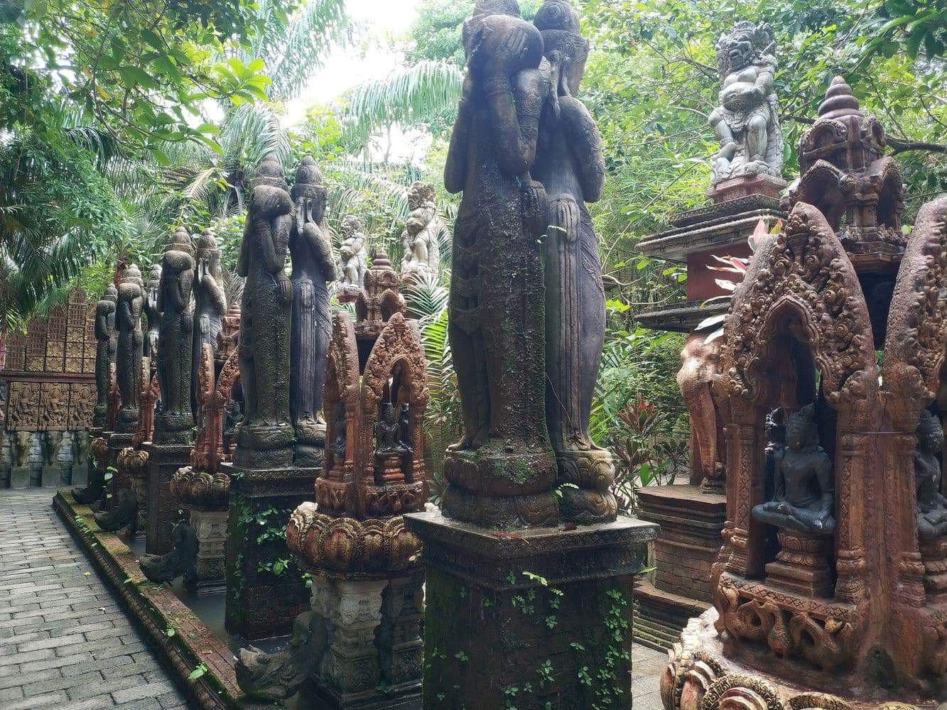 samui cultural center and fine arts of south east asia 12